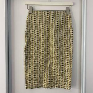 3/$30 Zara printed stretchy pencil skirt
